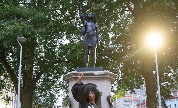 Statue Of 'Black Lives Matter' Protester Replaces Statue Of Slave Trader, Torn Down 24 Hours Later