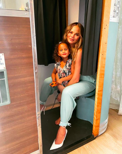 Chrissy Teigen Shares How Daughter Luna Paid Tribute To Baby Jack's Ashes