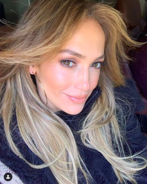 Jennifer Lopez Belts 'Let's Get Loud' During Inauguration Performance & The Internet Has Thoughts