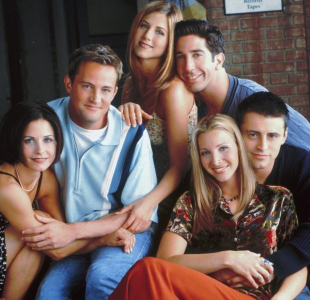 'Friends' Producer Has No Regrets About An All-White Cast: What Can I Say? I Wish Lisa Kudrow Was Black?