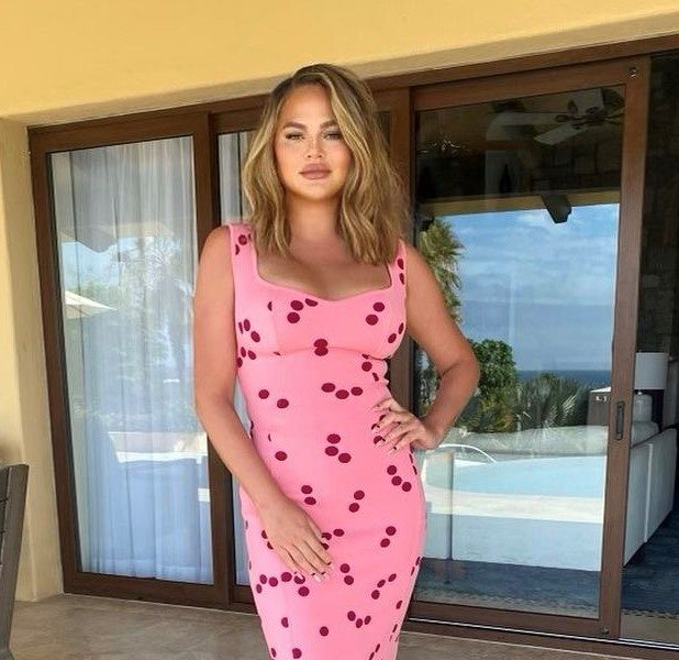 Chrissy Teigen Says She 'Feels Like Utter S*** In Real Life' In The Wake Of Cyberbullying Scandal
