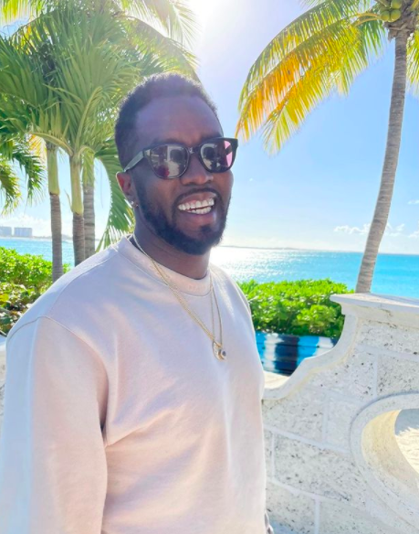 Diddy Recalls Waking Up With 15 Roaches On His Face When He Was Younger, Some Fans Don't Believe Him