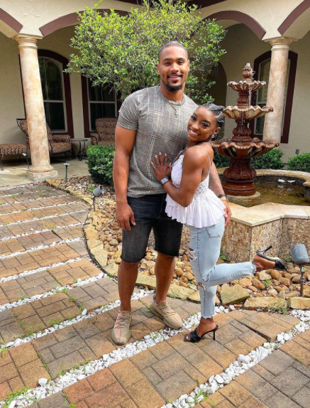 Simone Biles' Boyfriend, NFL Player Jonathan Owens, Had No Idea Who She Was When They First Met