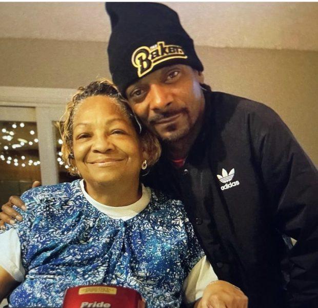 Snoop Dogg's Mother Dies [Condolences]